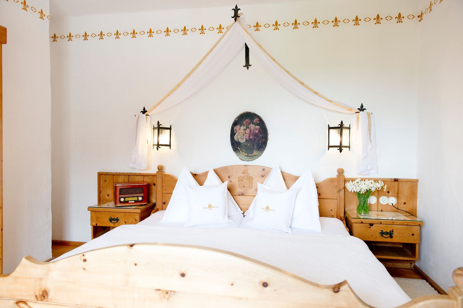 Romantic Night or Romantic Weekend at the Castle, Package for Lovers