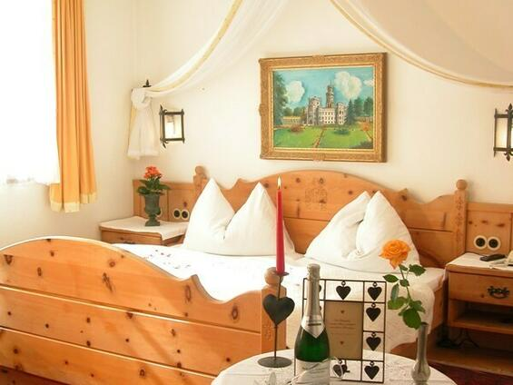"""Romantic"" double room"