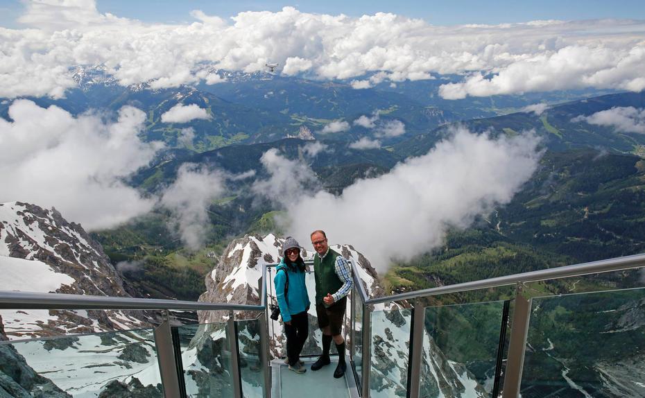 Chinesischer Social Media Star Wirbt Fur Den Dachstein Gletscher
