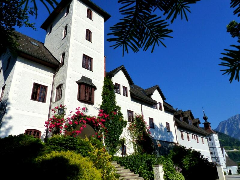 Welcome to your getaway at Hotel Schloss Thannegg