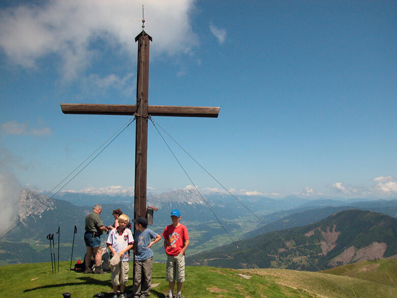 Mountain hikes for the whole family in Schladming Dachstein